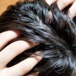 頭皮が凝ると頭痛になるって本当?